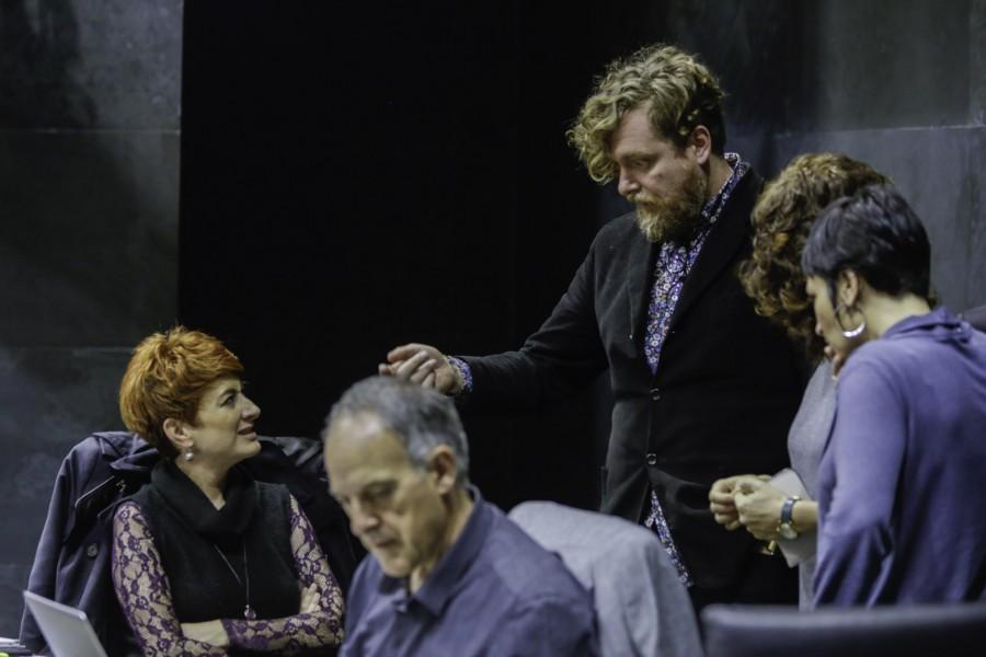 EH Bilduk kontziliaziorako neurriak aktibatzera premiatu du Nafarroako Gobernua